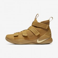 Nike LeBron Soldier XI Basketball Shoes Womens Gold/Metallic Gold AH2467GU